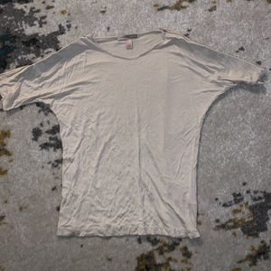 Forever 21 Cream Top in Small